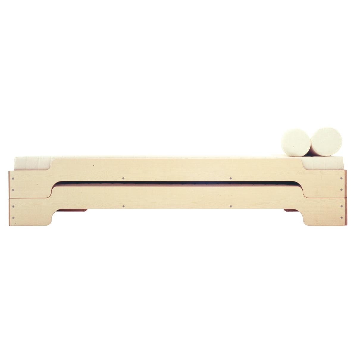 pile bed maple rolf heide shop. Black Bedroom Furniture Sets. Home Design Ideas