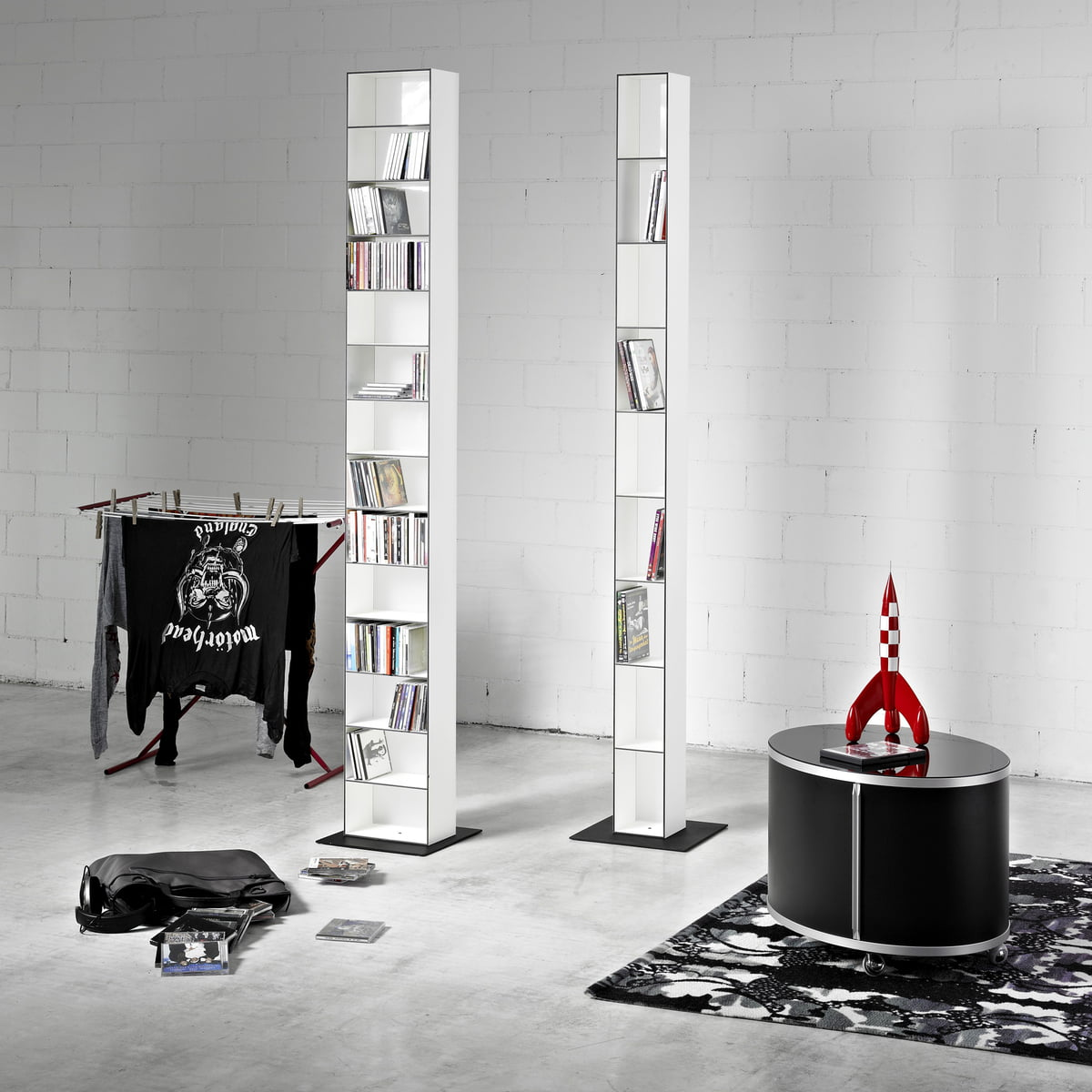 wogg 25 cd shelf in the shop. Black Bedroom Furniture Sets. Home Design Ideas