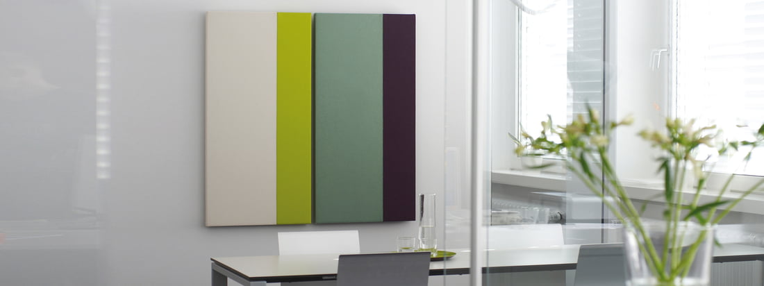 Acousticpearls, a design company from Bremen, produces acoustic panels with different combinations of colours. The wall decoration is available as rectangle and square.