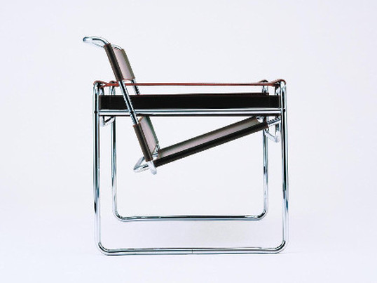 "The first steel rod lounger B 3 by Marcel Breuer, later known as ""Club Lounger"" or ""Wassily"", caused a worldwide boom for steel rod furniture that stood for progressivism."